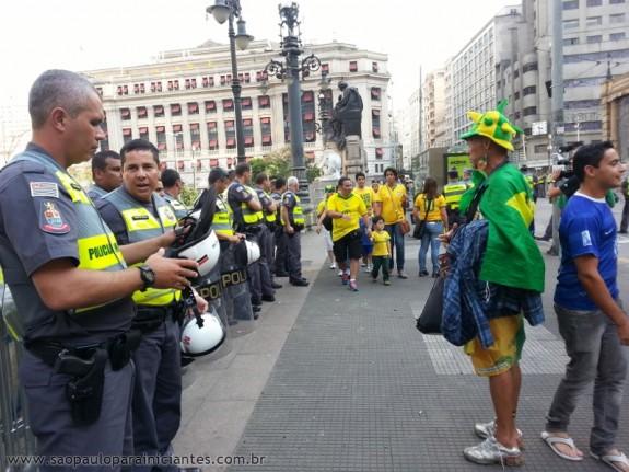 policiais fan fest
