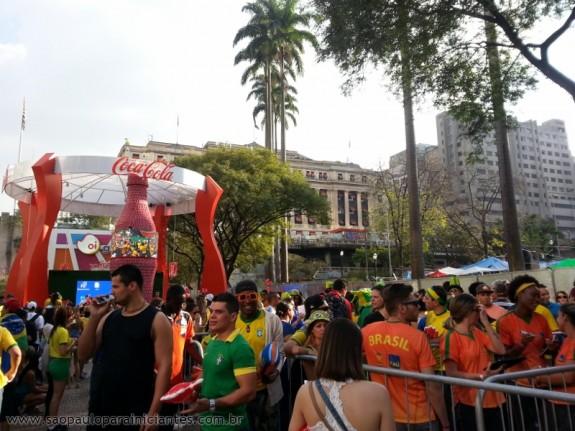 festa fifa anhangabau