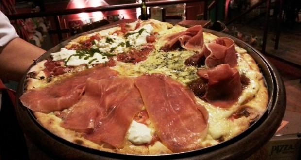 Jullia Pizzaria