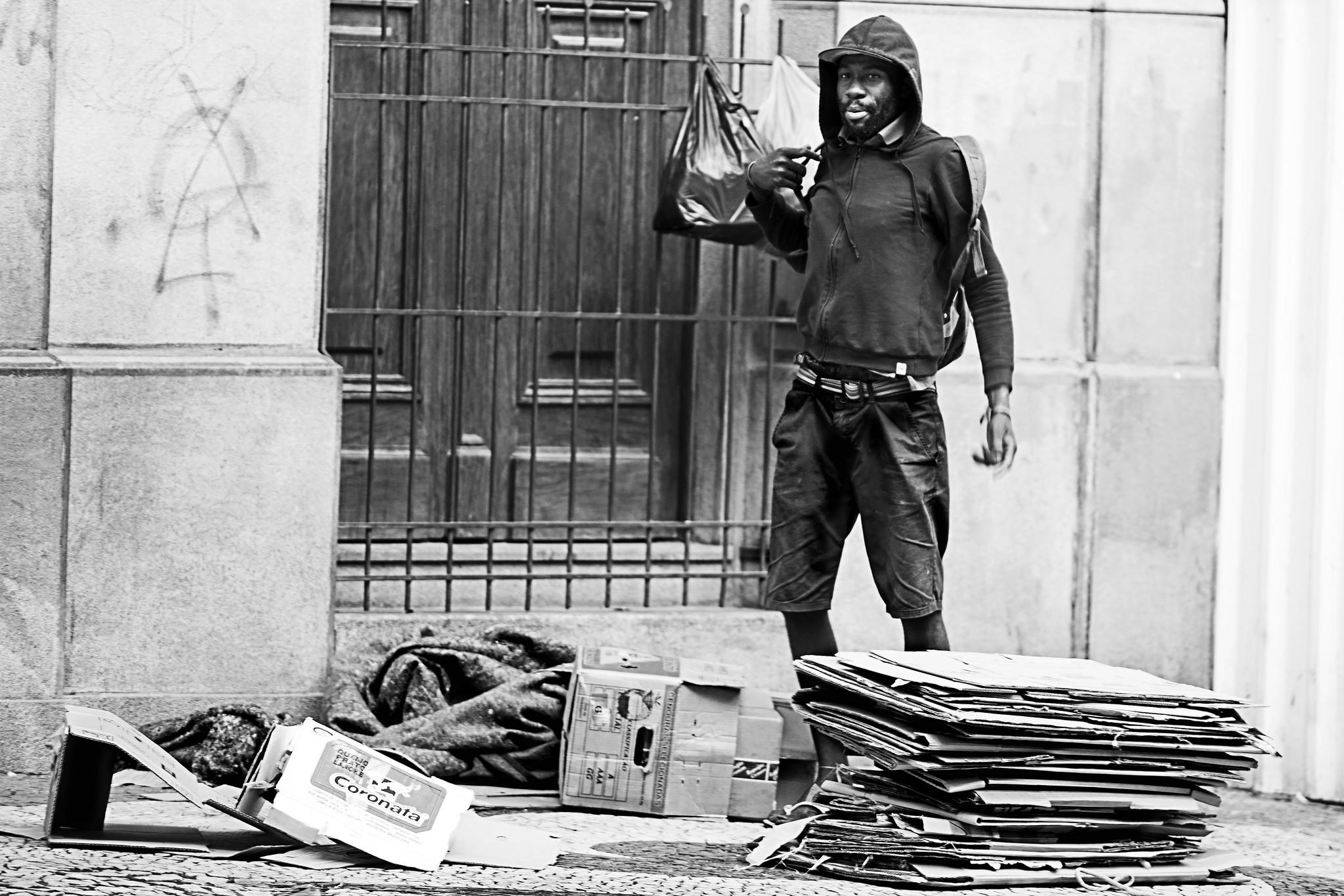 morador de rua no centro antigo