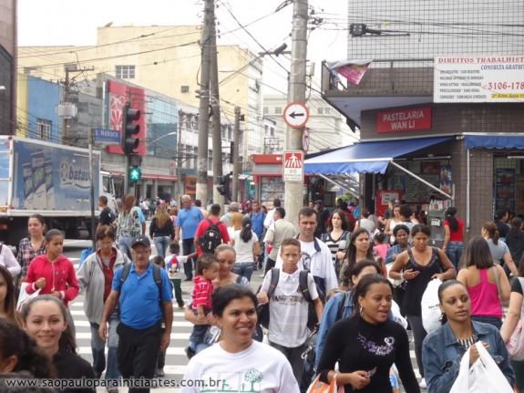 ba3be2cca868 Brás: dicas para comprar roupa barata e de qualidade - São Paulo ...
