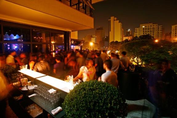 Lions-Nightclub